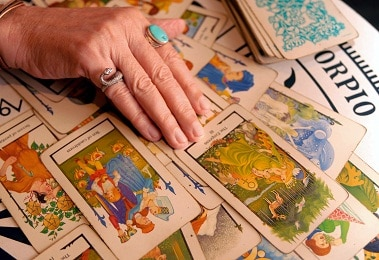 Free Love Tarot Card Readings